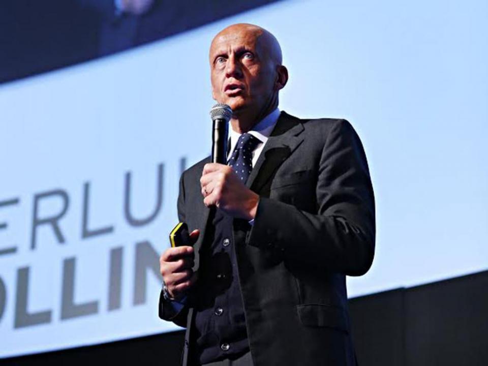 UEFA: Collina deixa Comité de Arbitragem e já tem substituto
