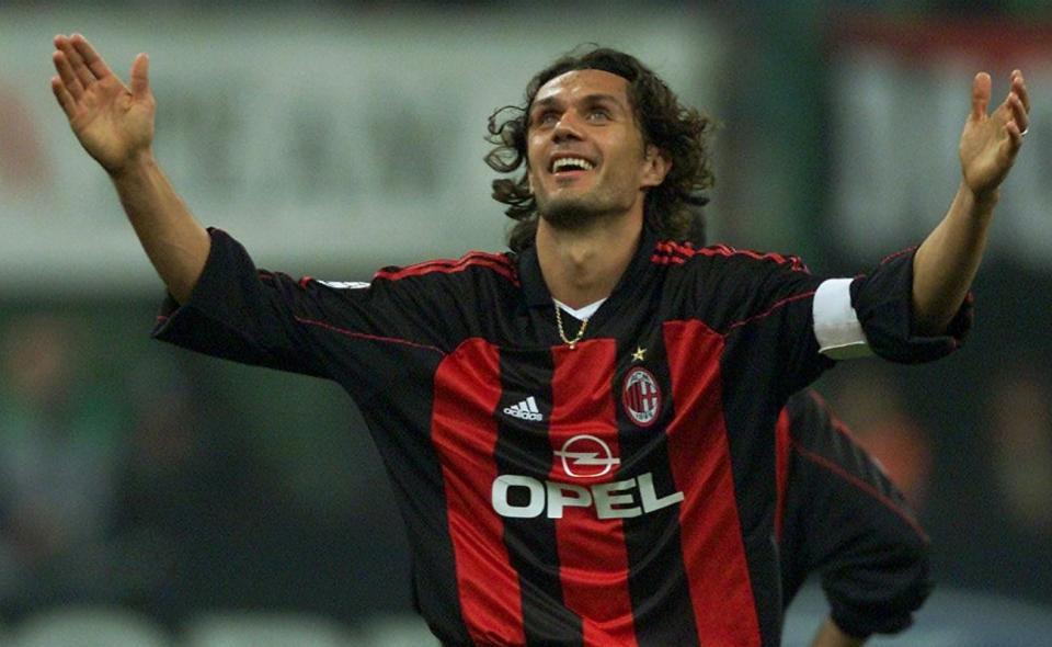 Paolo Maldini regressa ao Milan