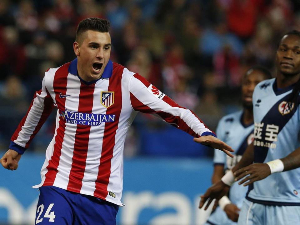 OFICIAL: Atlético de Madrid renova com Giménez