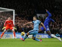 Chelsea: Zouma de fora seis meses com rotura de ligamentos