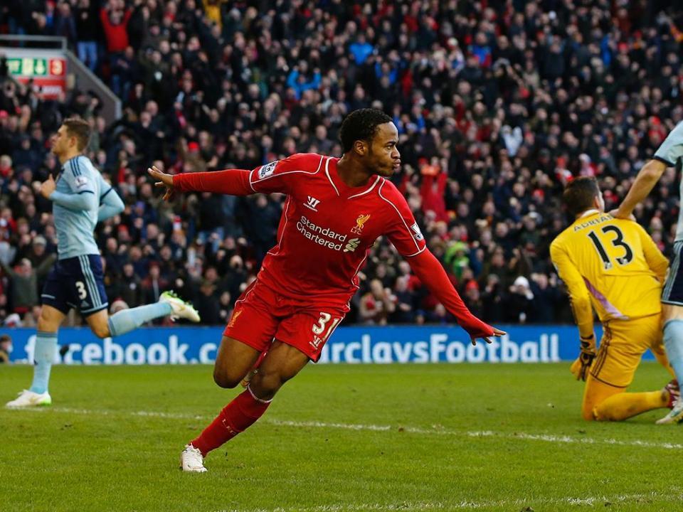 Oficial: Sterling assina pelo Manchester City