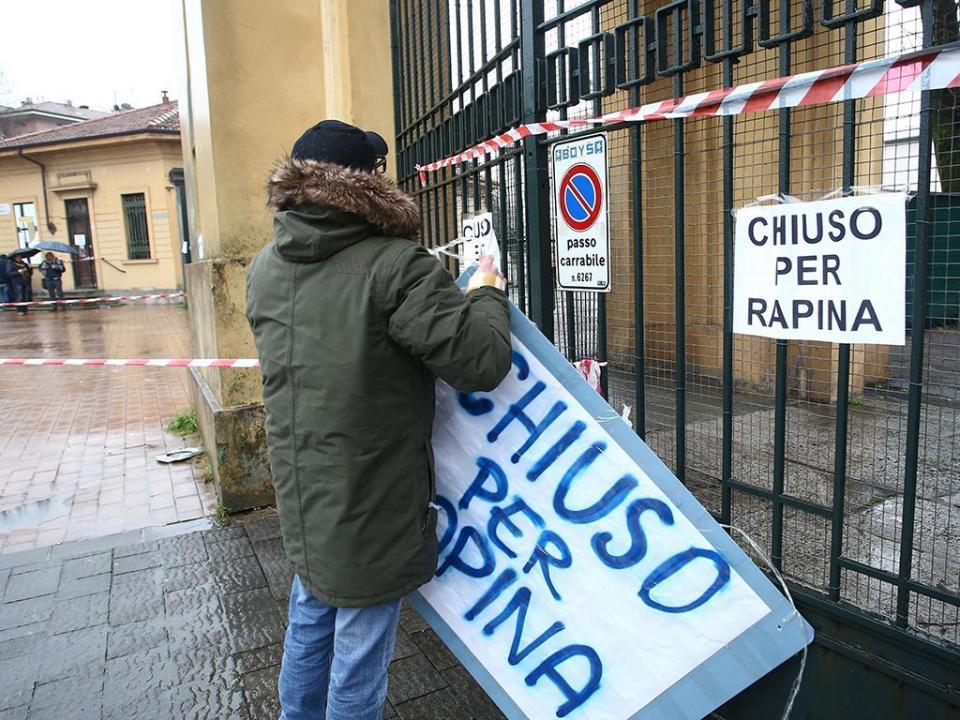 Parma: tudo a leilão, incluindo as Taças