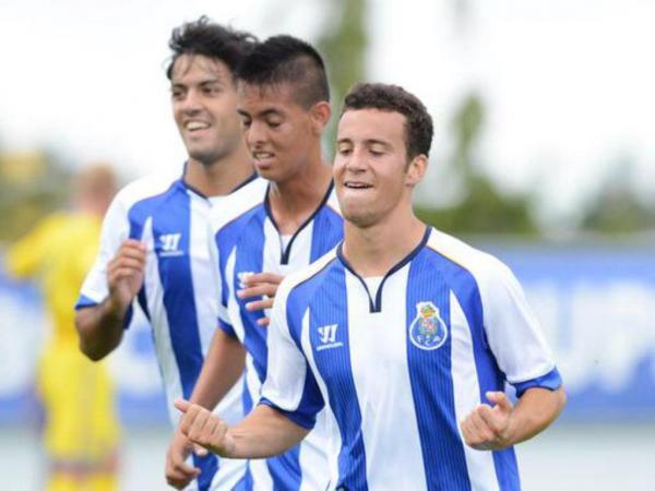 Juniores: FC Porto vence Gil Vicente e isola-se na liderança