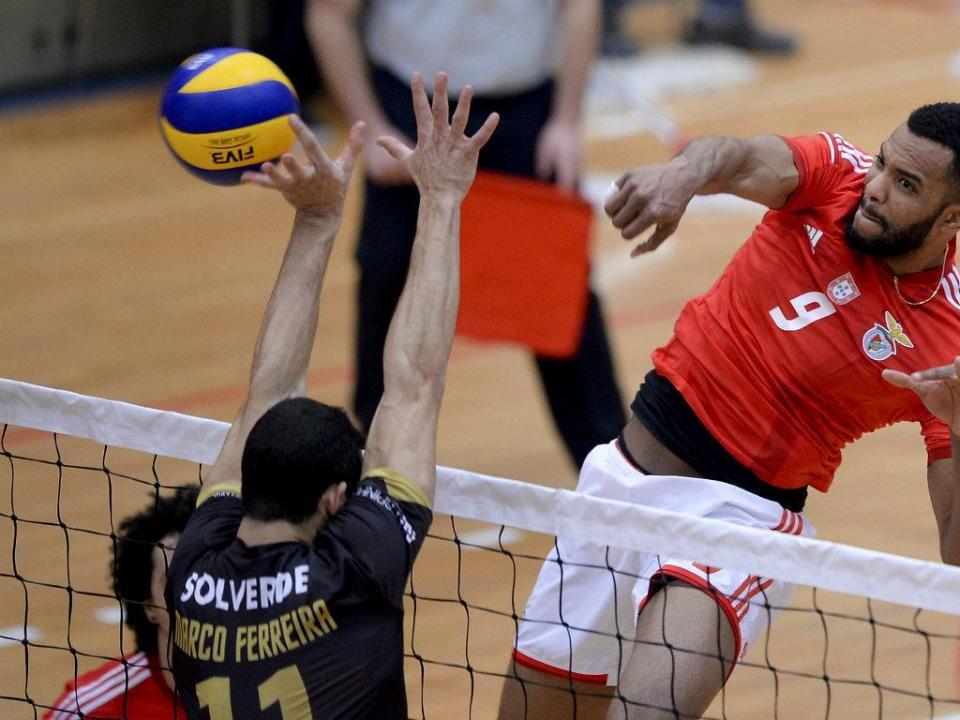 Voleibol: Benfica perde Taça Challenge