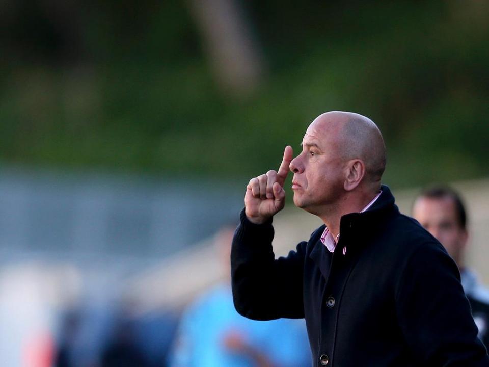 OFICIAL: José Mota apresentado como novo treinador do Feirense