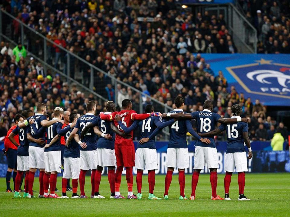 Seleção francesa aterra em Londres sob fortes medidas de segurança