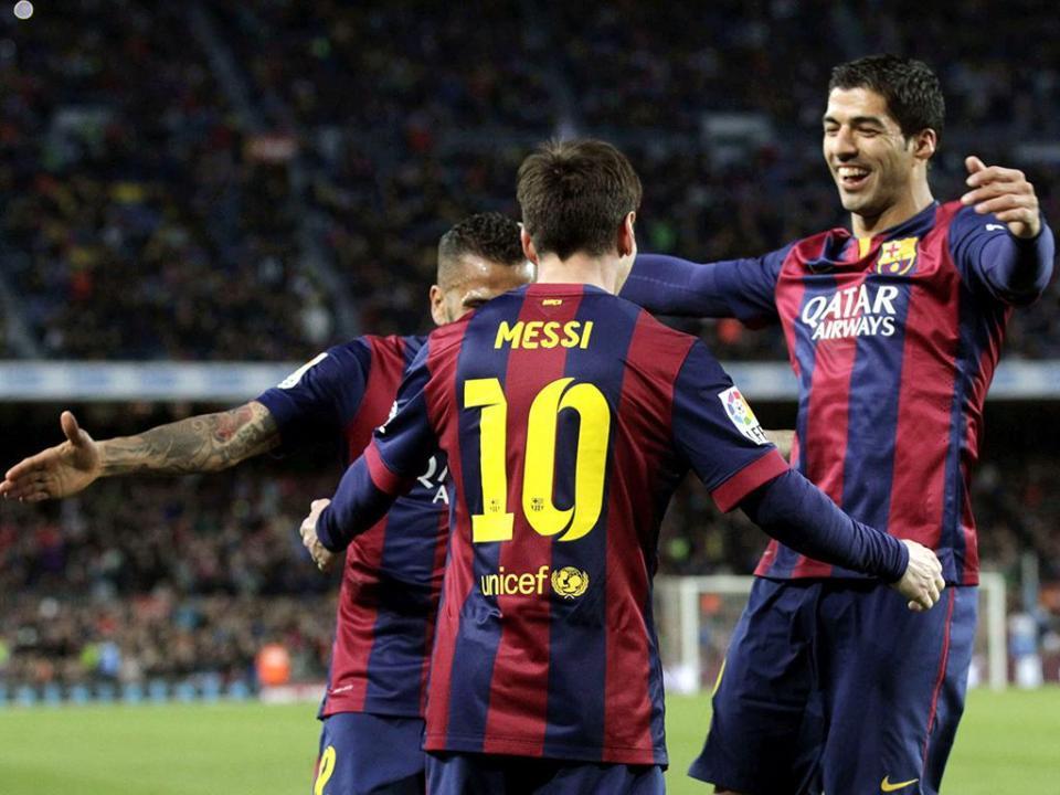 Vídeo: Messi marca, Suárez bisa, Barcelona goleia