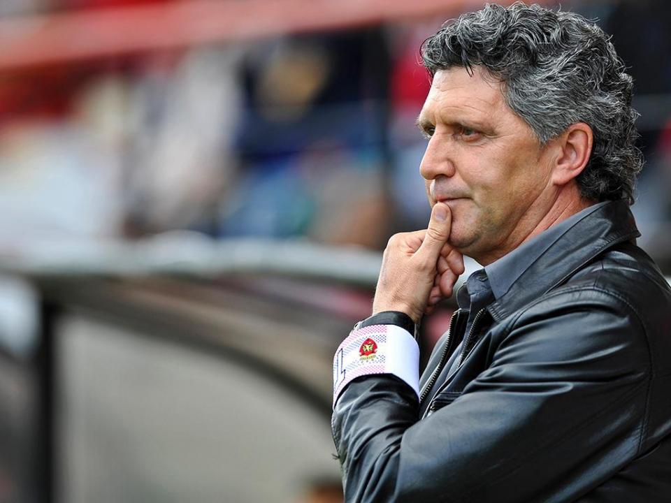 Carlos Brito deixa comando técnico do Penafiel