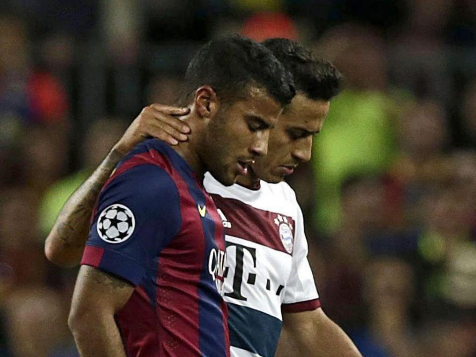 Bayern: três a quatro semanas de paragem para Thiago Alcântara