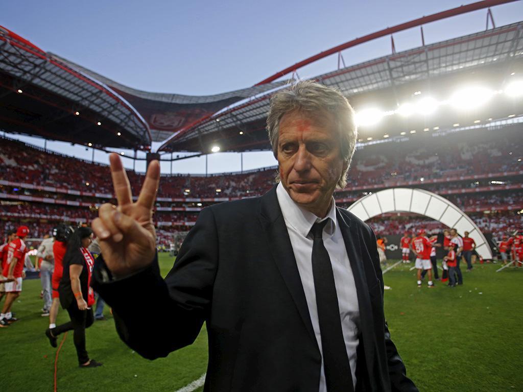 Efeito Jesus na Bolsa: Sporting a subir, Benfica em queda