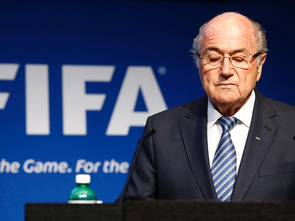 Blatter critica candidaturas conjuntas à organização dos Mundiais