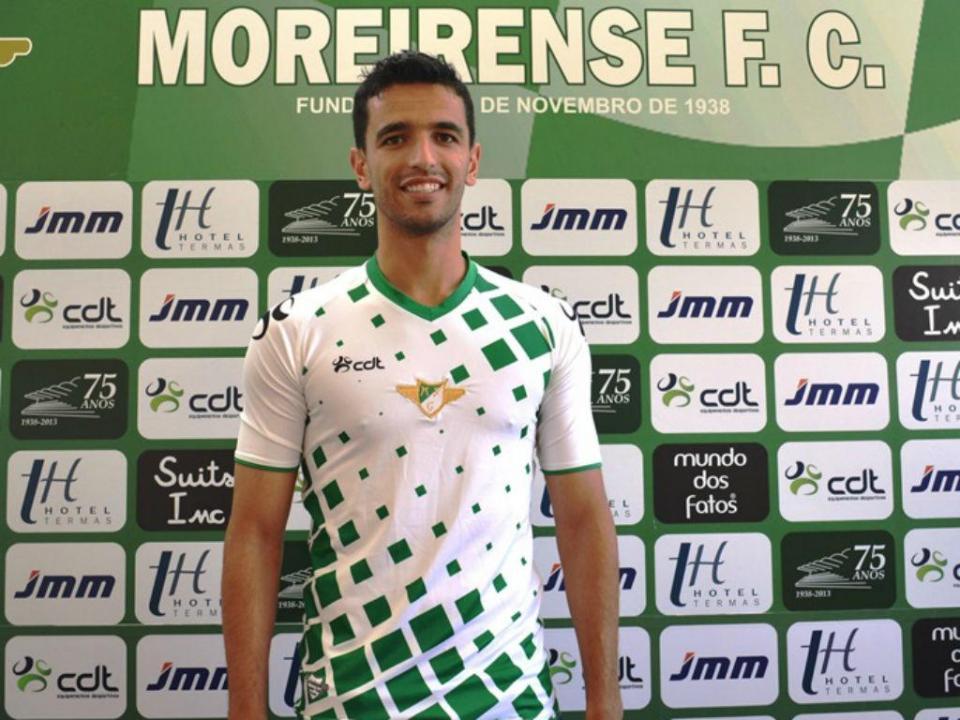 OFICIAL: Moreirense contrata João Vieira (ex-GD Chaves)