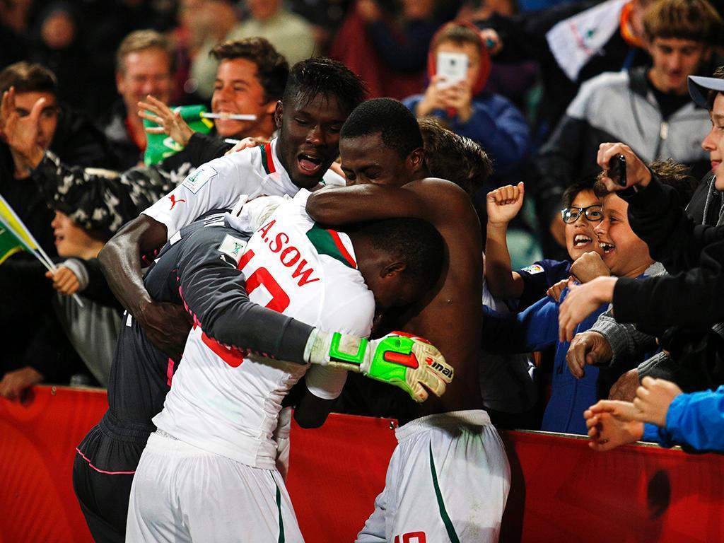 Argélia perde para Tunísia e fica em situação complicada — Copa Africana