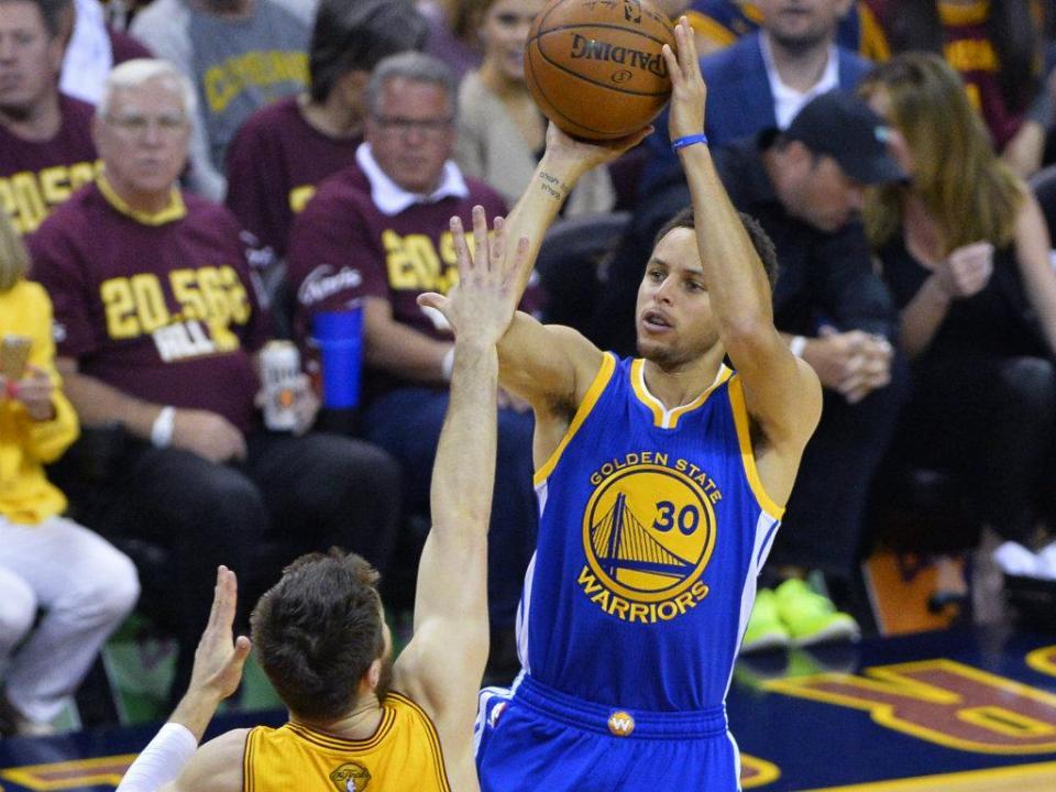 NBA: Warriors ganham vantagem na final oeste