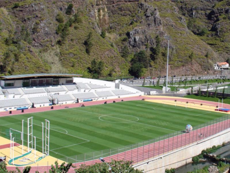 União da Madeira vai disputar jogos caseiros em dois estádios ... abb5c79aa889b