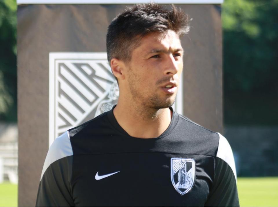 V. Guimarães-FC Porto: lágrimas no relvado antes do apito inicial