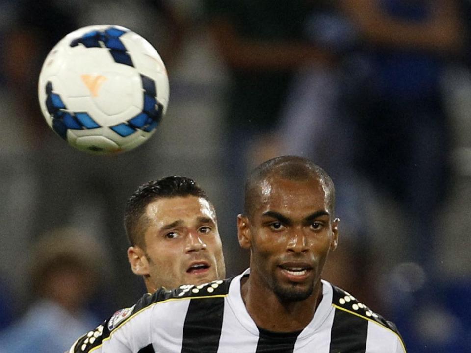 OFICIAL: Naldo no Sporting