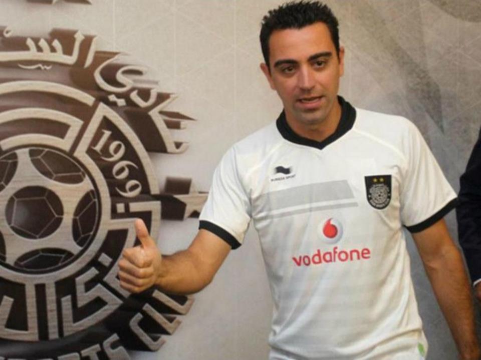 OFICIAL: Xavi renova e fica no Al Sadd até aos 40 anos