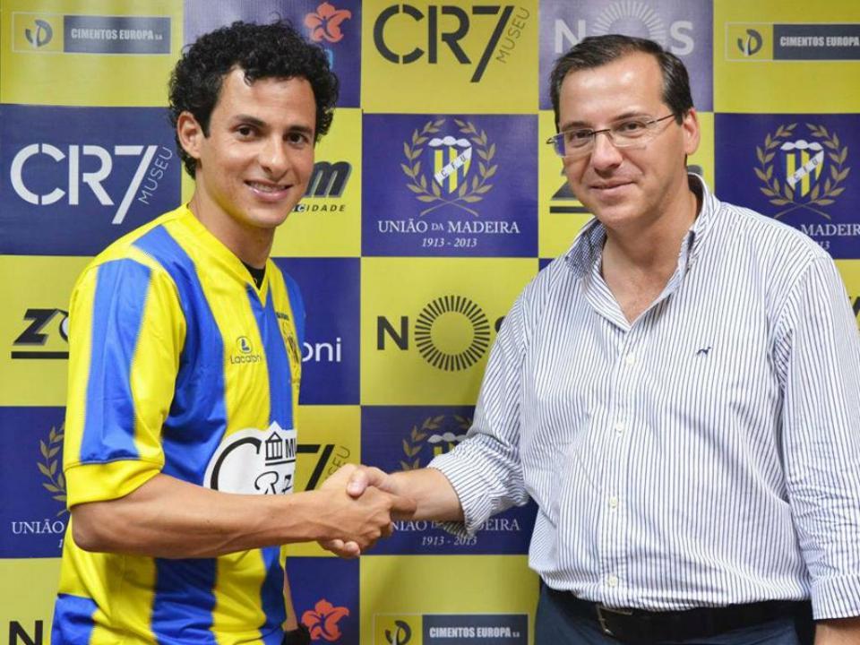 Liga: União oficializa Danilo Dias