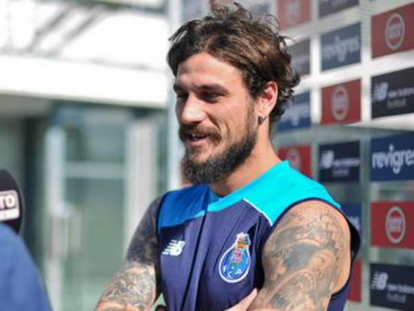 FC Porto: Cissokho, Osvaldo e João Costa foram as novidades