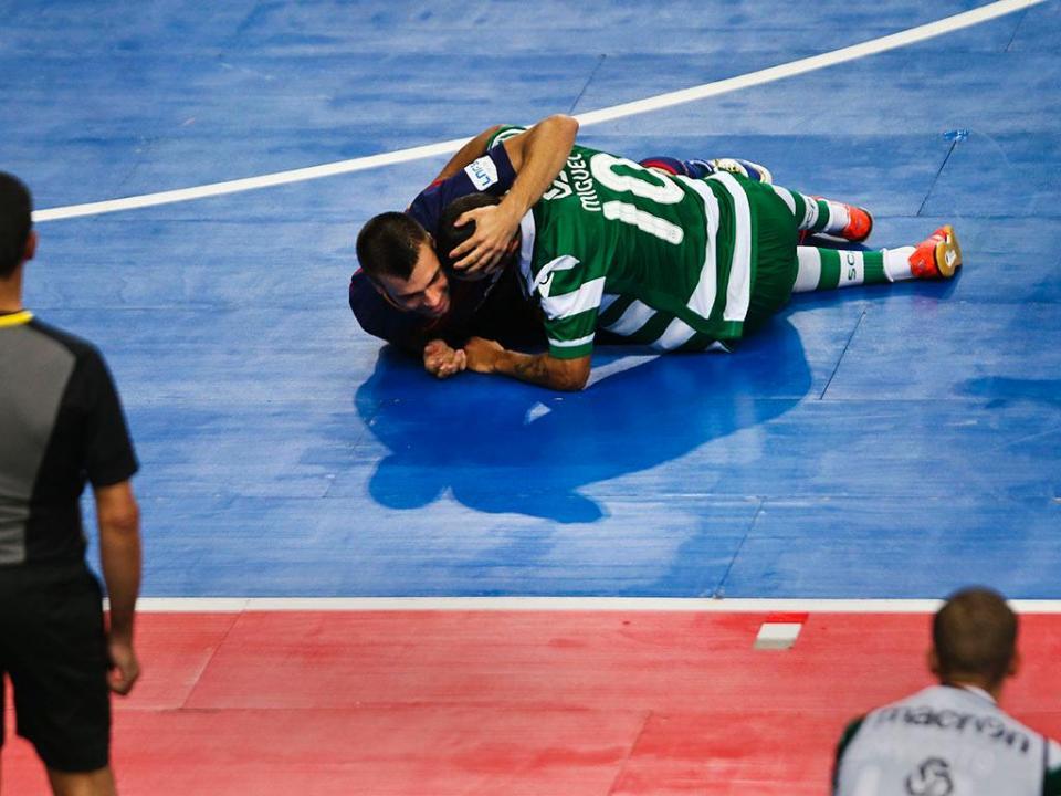 Futsal: Sporting goleia São João e recupera segundo lugar