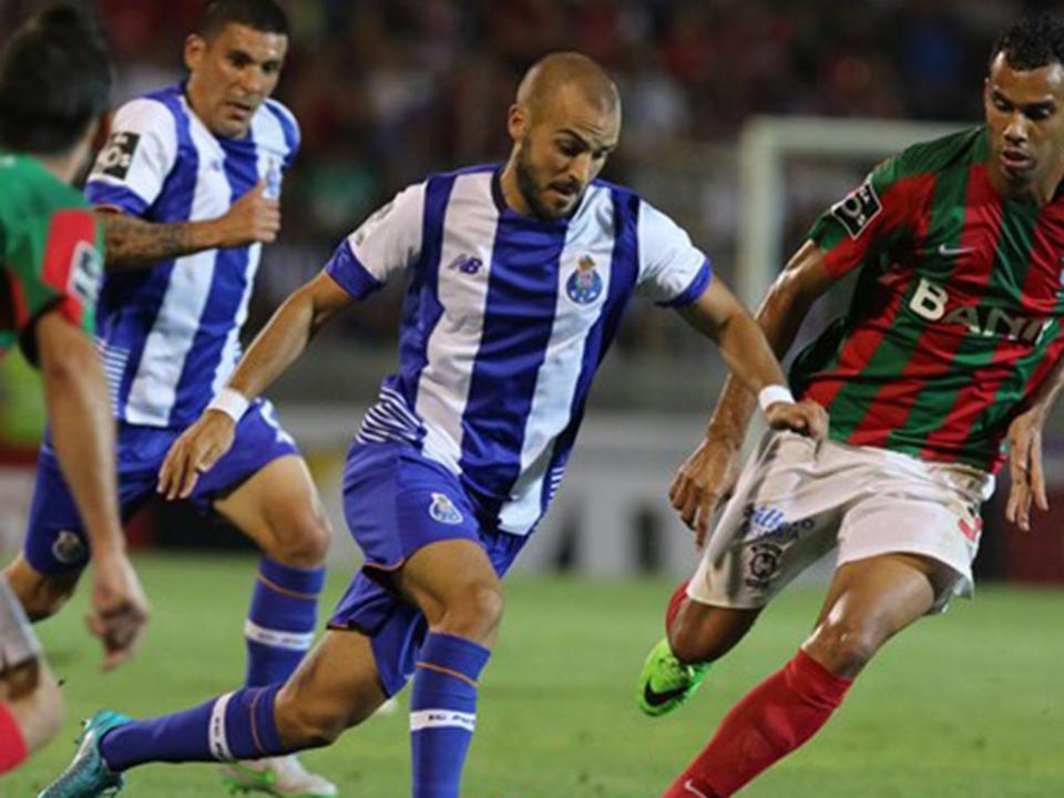 OFICIAL: André André regressa a Guimarães