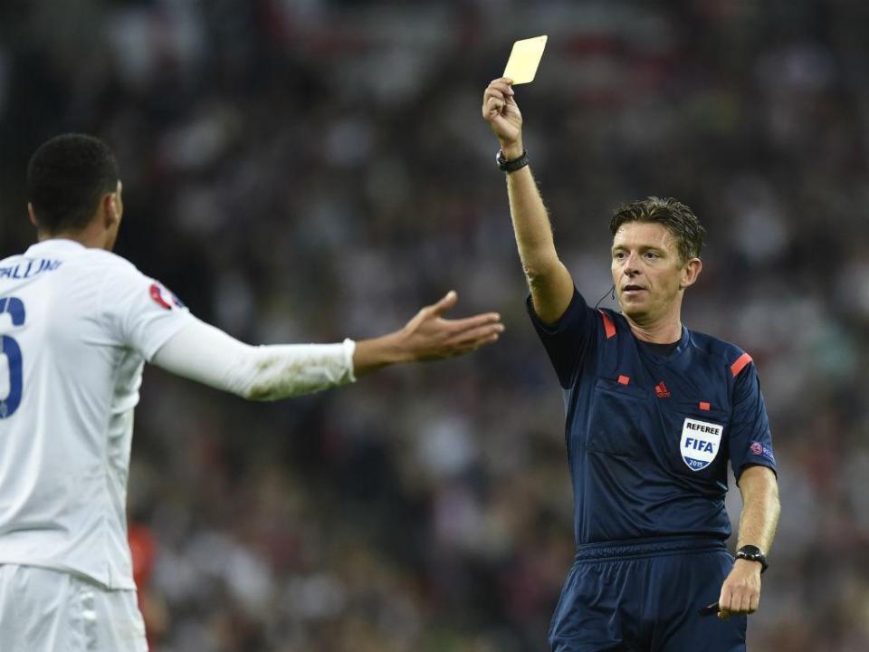 Italiano Gianluca Rocchi arbitra o Portugal-Espanha