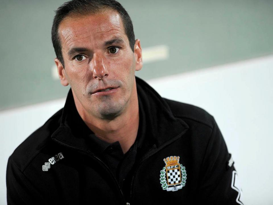 Tondela  Petit é o novo treinador  3e07e28f17aaf