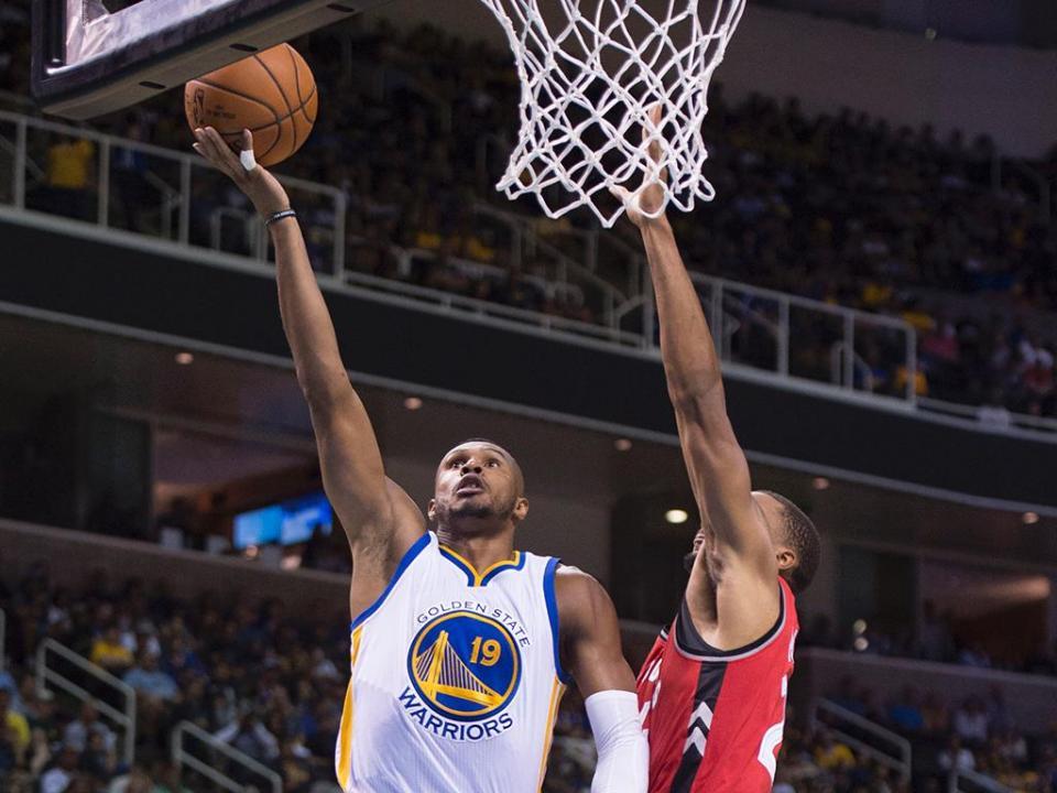 NBA: Toronto e Oklahoma seguem invictos e lideram conferências