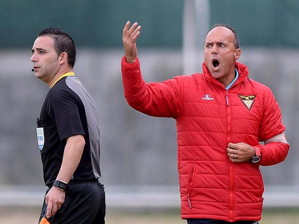 II Liga: Desp. Aves anuncia saída de Ulisses Morais