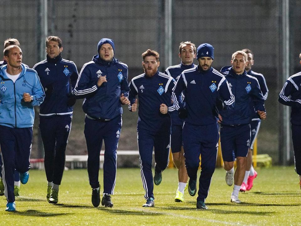Atenção FC Porto: D. Kiev, com Antunes, vence e iguala Shakhtar no topo