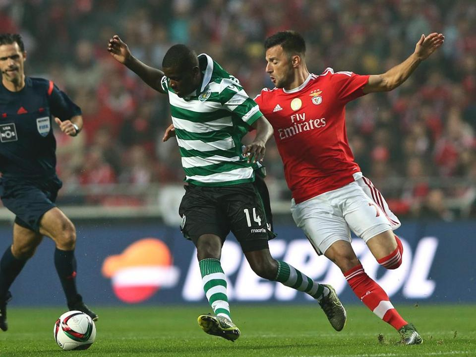Benfica anunciou convocatória de Samaris... mas era engano