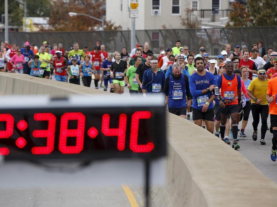 Atletismo: quenianos dominam meia maratona do Porto