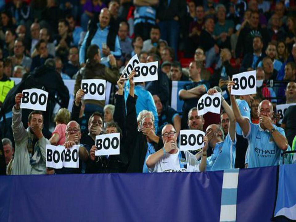 Liga Campeões: adeptos do City voltaram a dizer «boo» à UEFA
