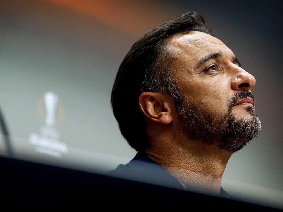 Fenerbahçe de Vítor Pereira líder à condição na Turquia