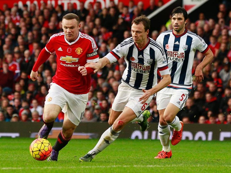 Inglaterra: Manchester United volta às vitórias