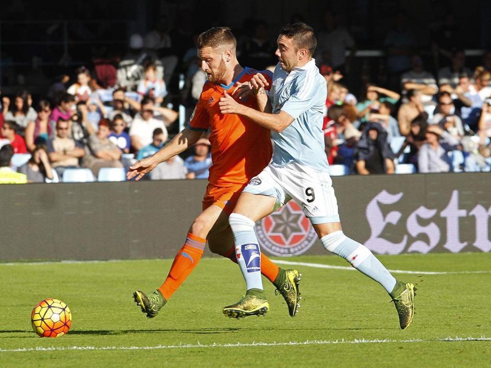 Valencia dá sapatada na crise com goleada ao Celta nos Balaídos (1-5)