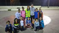 Clube de Bairro: CO Pechão (Ana Cabecinha rodeada de jovens atletas)