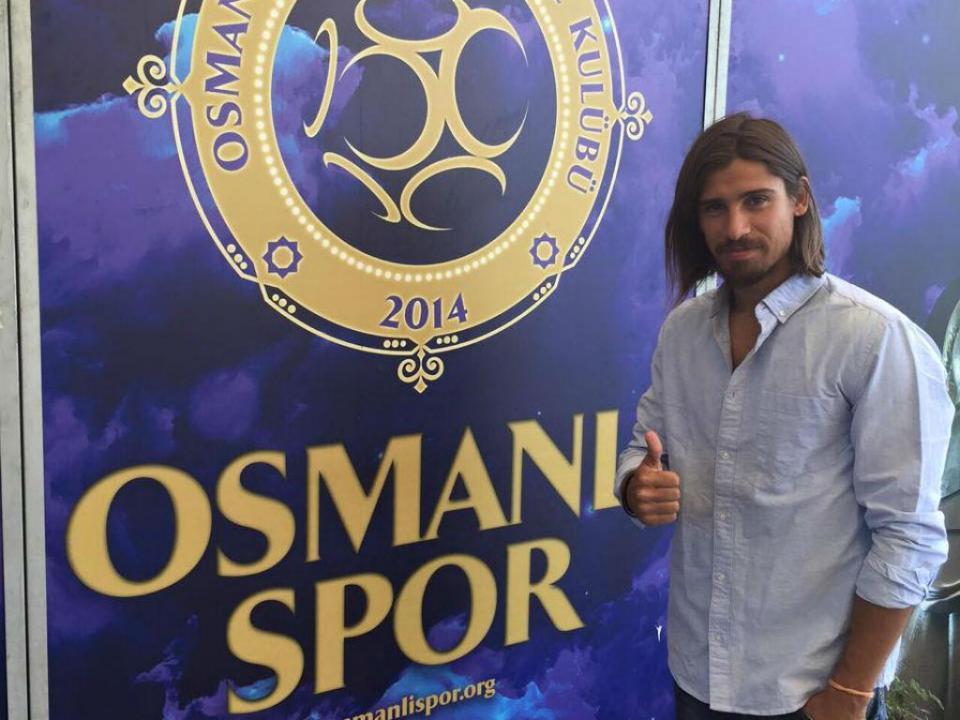 Osmanlispor, com Tiago Pinto, goleado em casa com golo de ex-Braga