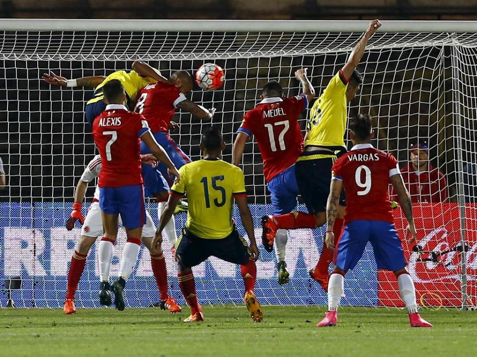 Mundial-2018: Vidal e James marcam, Chile e Colômbia empatam em Santiago (1-1)