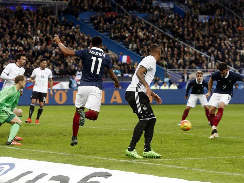 Árbitro do França-Alemanha só soube dos atentados no final do jogo