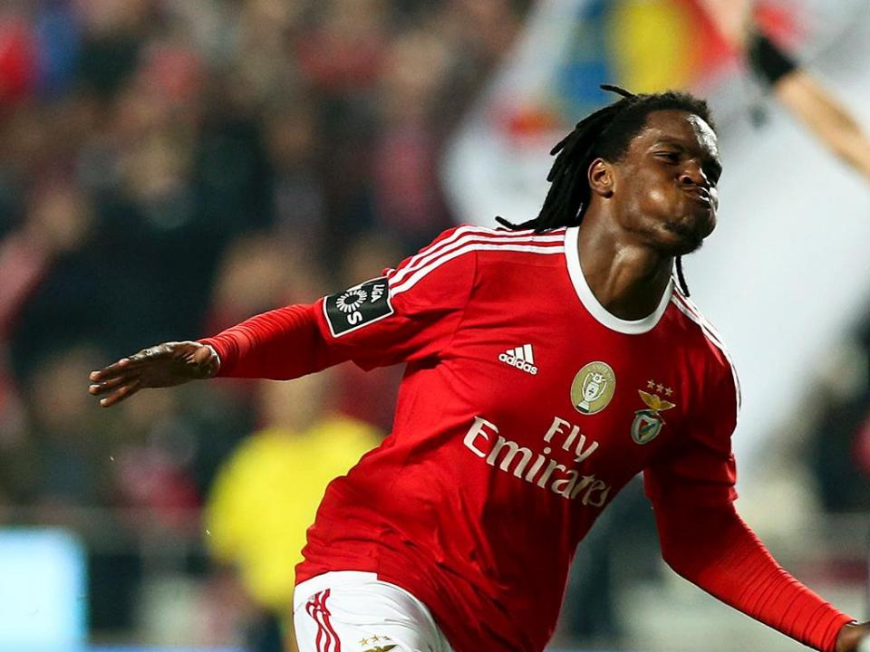 Bayern responde ao Benfica: «Tomaremos conta do vosso miúdo»