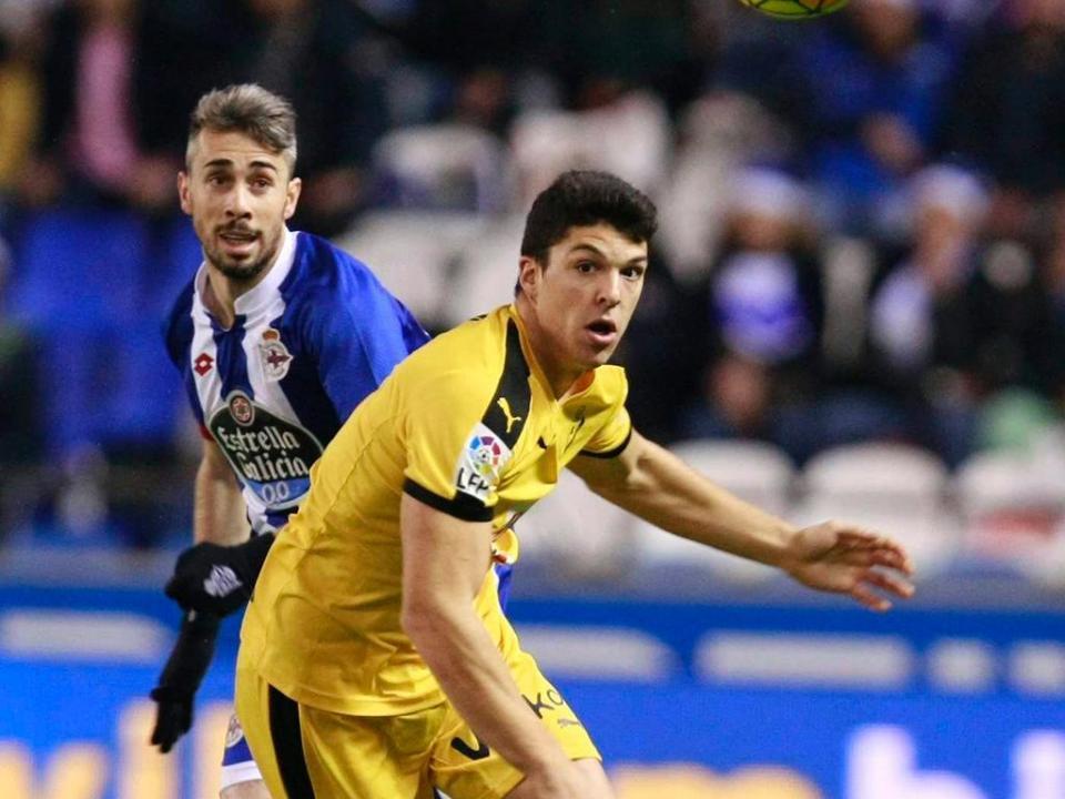 Huesca confirma lesão grave de Luisinho