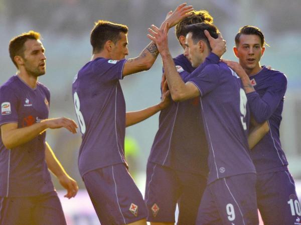 Fiorentina regressa aos triunfos e ocupa 'provisório' terceiro lugar