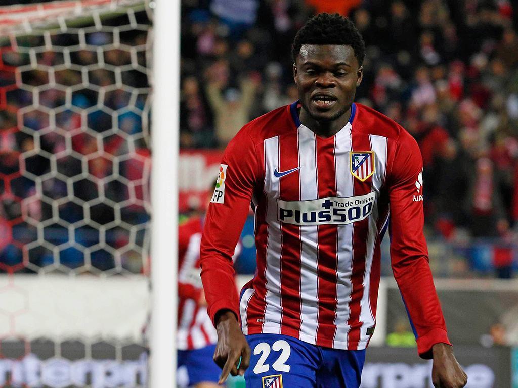 OFICIAL: Atlético Madrid renova com Thomas
