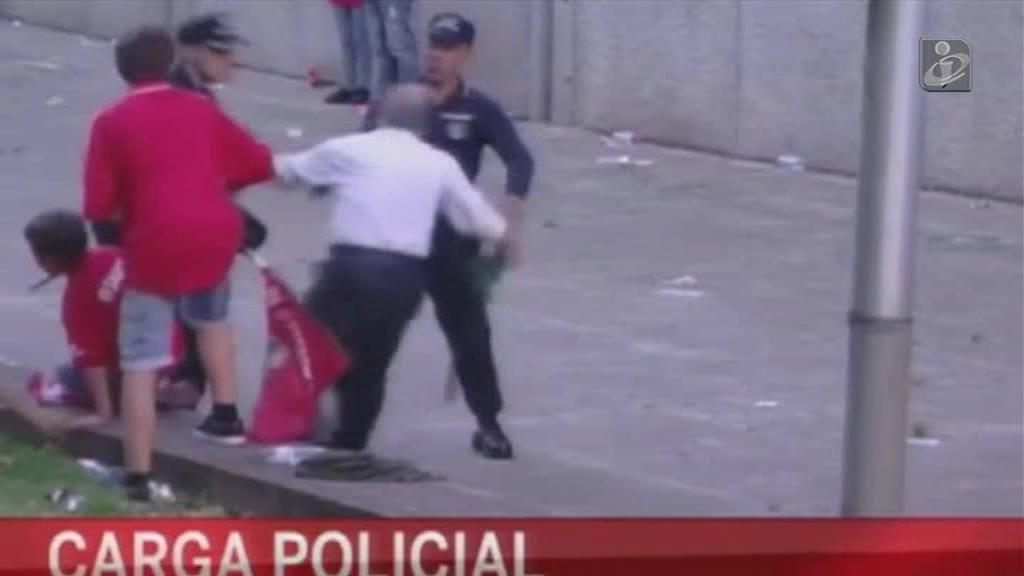 «Lapso» adia julgamento do polícia que agrediu adeptos em Guimarães