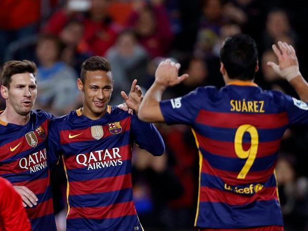 «Nos próximos dias vamos confirmar a renovação de Neymar»