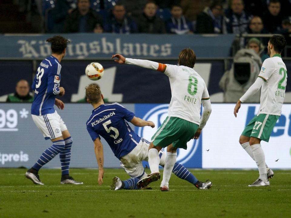 Alemanha: Werder Bremen perdeu capitão até ao final da época