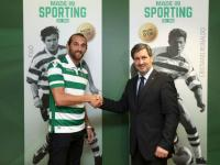 Oficial: Hernán Barcos no Sporting por época e meia