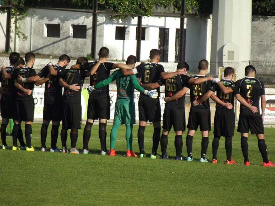 Crise no FC Tirsense: salários em atraso e atletas a dormir na sede